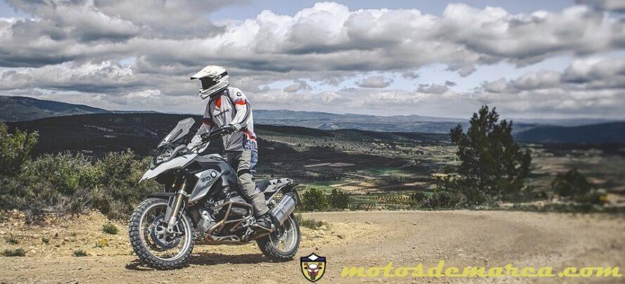 moto tiral bmw 1200