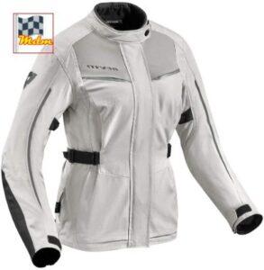 Mejor chaqueta de moto para mujer para todo el año.